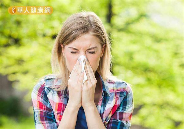 「哈~~~啾~~」,最近你常打噴嚏、流鼻水嗎?在天氣變化之際、氣候轉變的時候,容易因為早晚溫差較大而受到風寒,導致感冒。