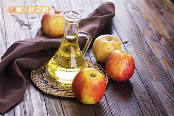 醋可以穩定人體的血糖,一旦血糖穩定了,就能控制食慾不亂吃東西。