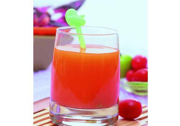 「櫻桃蘋果汁」的材料有櫻桃300公克、蘋果1顆。(圖片/人類智庫提供)