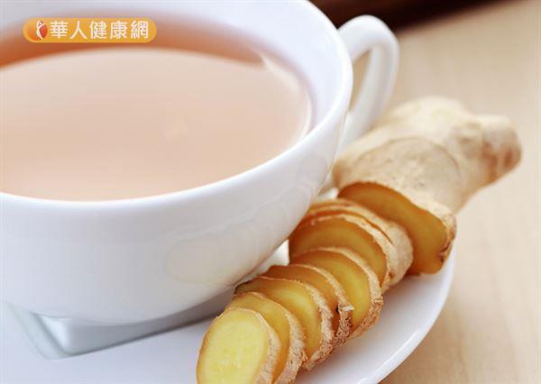 體質屬於氣虛型的民眾,可以喝一些黑糖薑茶改善手腳冰冷問題。