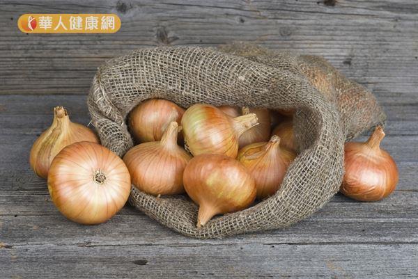 洋蔥加熱後會釋放天然甜味,適合做各式料理。