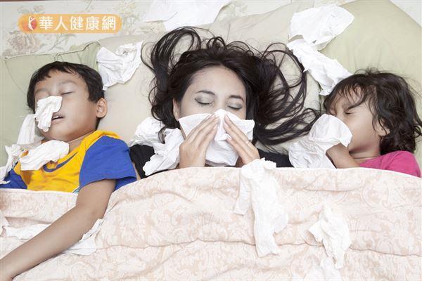 咳嗽、發燒、流鼻涕,到底是流感還是一般感冒?聽聽家醫科醫師怎麼說!