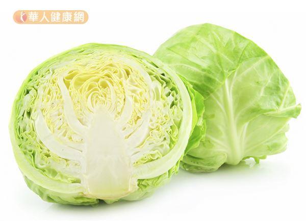 高麗菜和花椰菜同屬十字花科食物,適量攝取也有幫助防癌的效果。