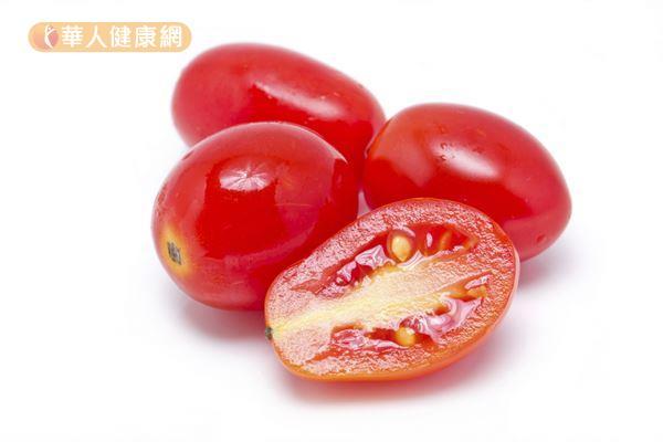 番茄富含抗氧化能力很強的茄紅素,是養成水嫩美肌的一大關鍵。