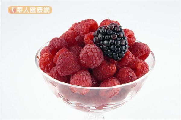 莓果類富含維生素C和各種植化素,是美肌的好食物。
