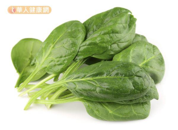深綠色葉菜類像是菠菜,就含有豐富的葉黃素,是保護眼睛的好食物。