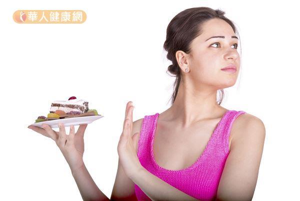 時下減重族常採取「低碳水化合物」的飲食策略才達到瘦身減重的目的。