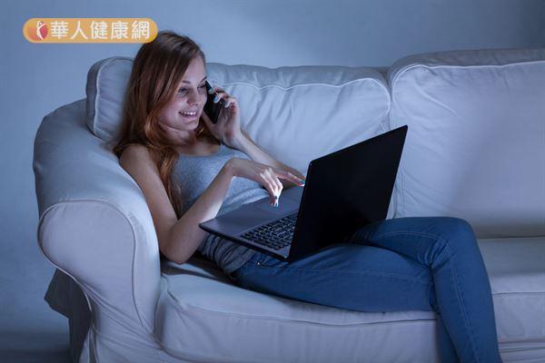 現代女性多有熬夜習慣,長此以往容易形成陰虛體質,影響生殖功能。