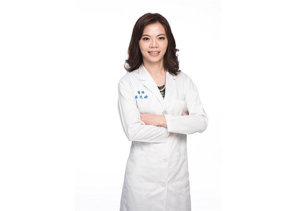 皮膚專科醫師蔡逸姍。