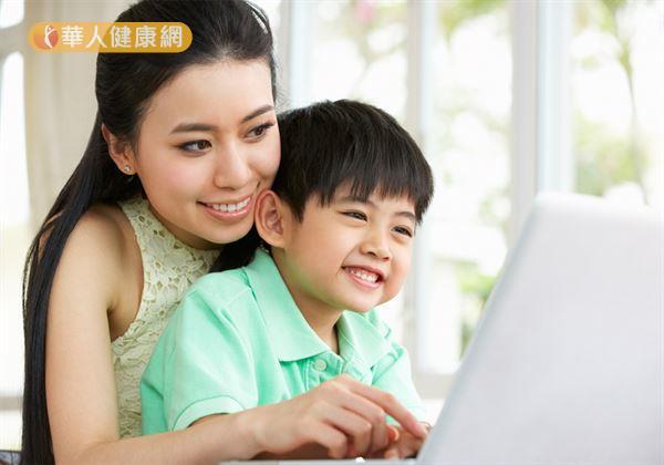 孩子很容易生氣,怎麼辦?父母做對溝通助化解