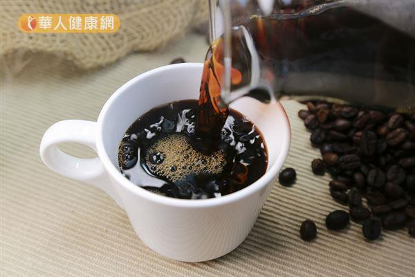 咖啡所含的酚類化合物、抗氧化劑、木酚素有助於增加葡萄糖代謝和胰島素敏感性。