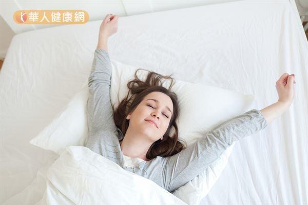 適當的藥枕可以幫助放鬆心情,穩定神經,促進睡眠。