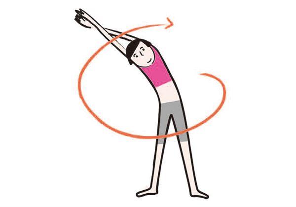 「全身伸展」雙腳打開與肩同寬,雙手往頭上伸直、手腕交叉,兩手掌合在一起。(圖片/瑞麗美人國際提供)