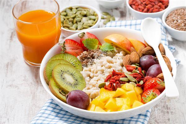 彩虹燕麥粥 簡單又美味的活力早餐!