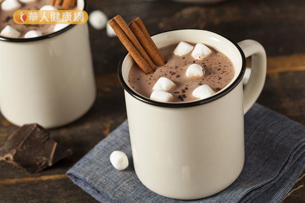其實,想要緩解經痛不適,除了黑巧克力外,還有更多的選擇。
