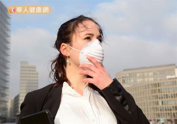 抗空污、霧霾!專家推6藥材潤肺除燥有一套
