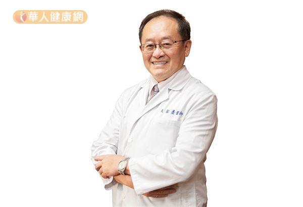 張宏泰副院長表示,即使進行乳房保留手術後,仍然要持續做預防性治療,目的是以不要復發為終極目標。(攝影/江旻駿)