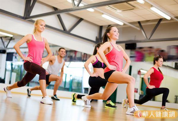 「減重」的原理很簡單,就是身體所消耗的熱量大於吃進去的熱量,簡單表示即是「消耗熱量>吃入熱量」。