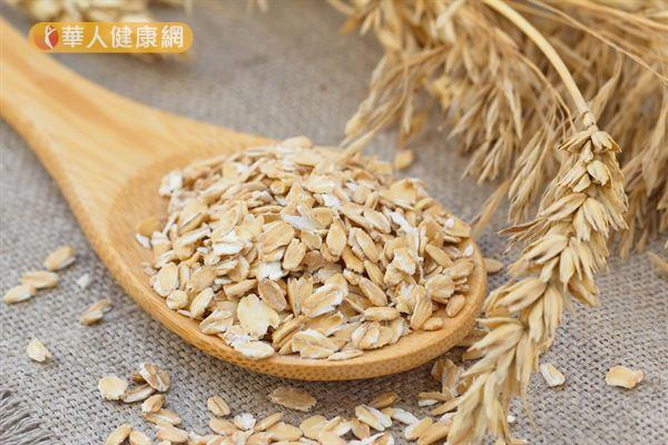 燕麥對於體內環保和預防便秘有著很大的幫助,讓您擺脫小腹婆的稱號!