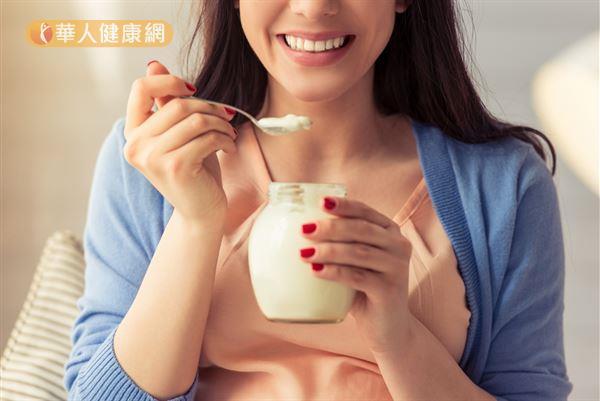 適量補充益生菌,有助於促進腸道健康。