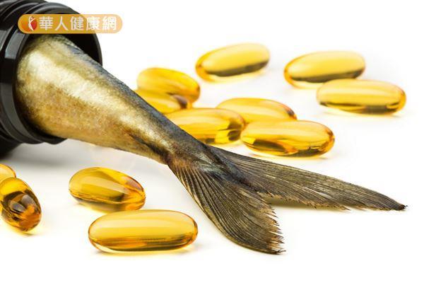魚油中的DHA有助於胎兒的腦部與眼睛健康。