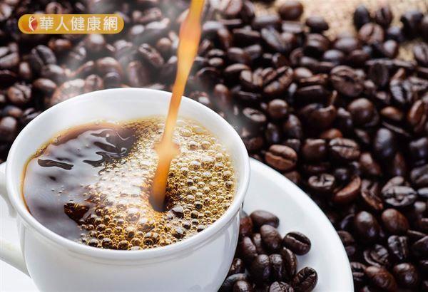 根據歐盟食物科學委員會的評估資料,每天咖啡因攝取量在300 mg以下,應不至於對健康造成不良影響。