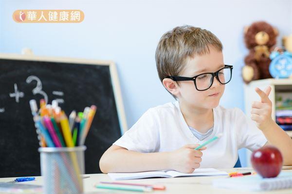 研究發現學習專心的兒童,其必需脂肪酸(例如:不飽和脂肪酸omega-3)缺乏程度明顯較ADHD孩童低。